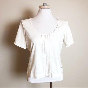 Escasa Short Sleeve Stretch Tee White Pintuck